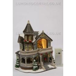 Lumineo LED Lit Victorian House